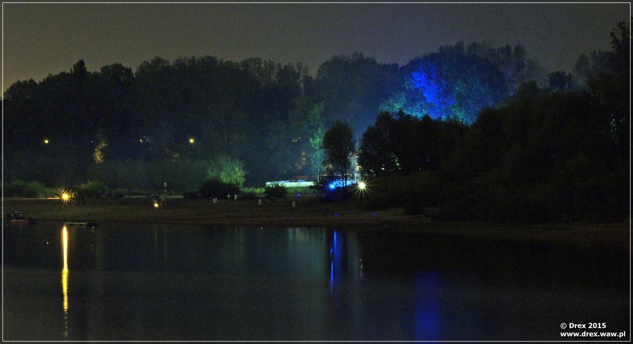 Prawy brzeg Wisły nocą